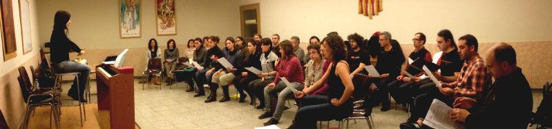 El Cor Ariadna assaig als locals de la Parròquia de Sant Josep Oriol